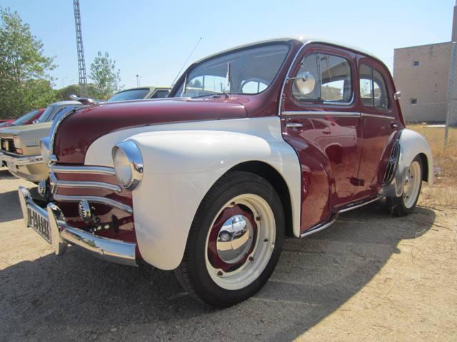 asociacion_de_coches_clasicos_los_cacharritos_la_torre_201309.jpg