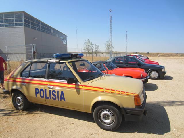 asociacion_de_coches_clasicos_los_cacharritos_la_torre_201311.jpg