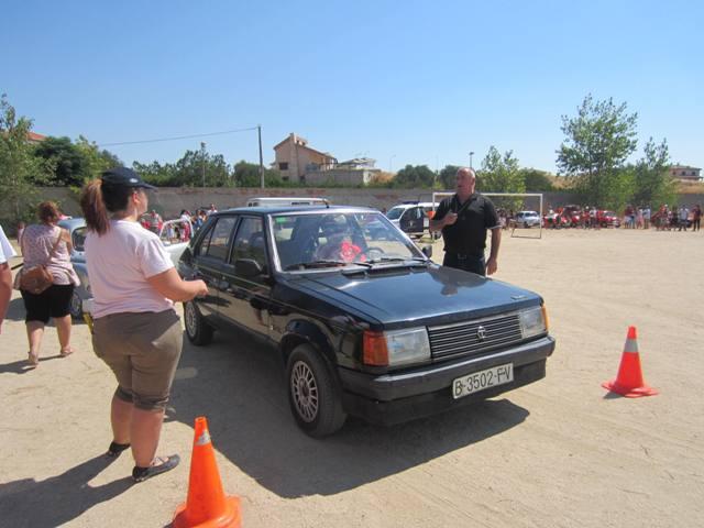 asociacion_de_coches_clasicos_los_cacharritos_la_torre_201322.jpg