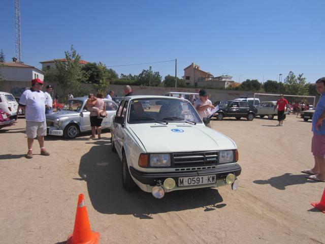 asociacion_de_coches_clasicos_los_cacharritos_la_torre_201328.jpg