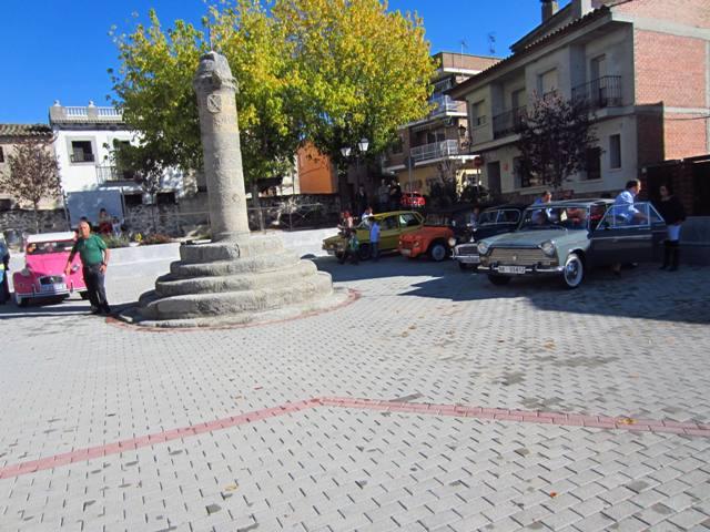asociacion_de_coches_clasicos_los_cacharritos_parador_de_oropesa024.jpg