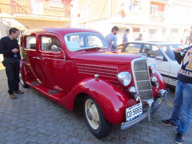 asociacion_de_coches_clasicos_los_cacharritos_parador_de_oropesa040.jpg