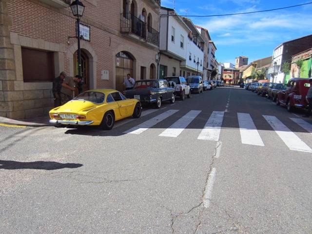 asociacion_de_coches_clasicos_los_cacharritos_parador_de_oropesa047.jpg