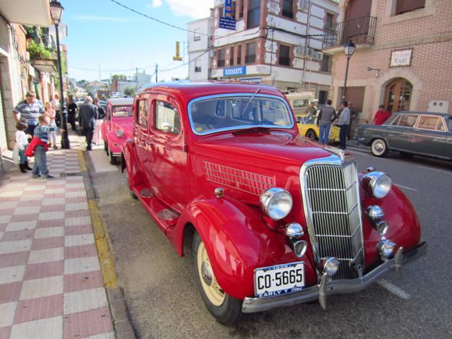 asociacion_de_coches_clasicos_los_cacharritos_parador_de_oropesa049.jpg