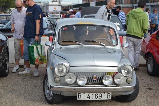 asociacion_de_coches_clasicos_los_cacharritos_jpa_del_circuito_del_jarama_201402.jpg